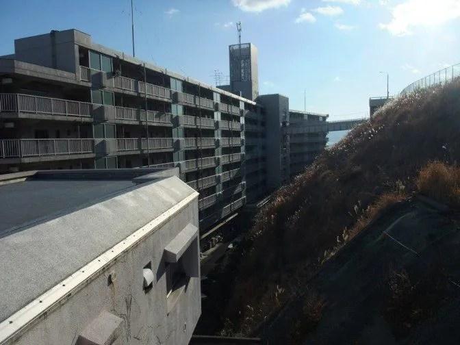 陸橋を別角度から見る