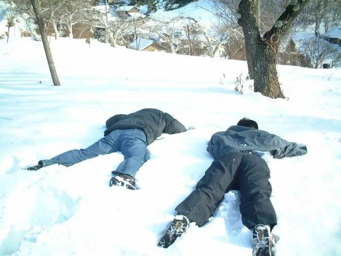 雪の上に大の字(1)