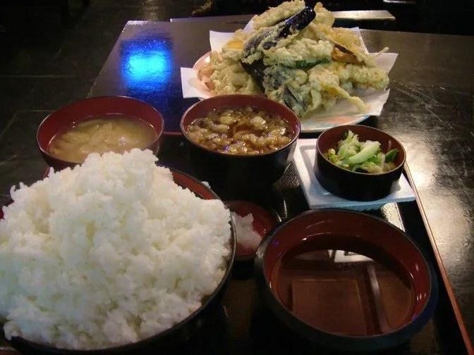 天ぷら定食大盛全体図
