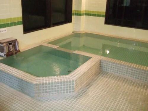 桃の木温泉の浴室