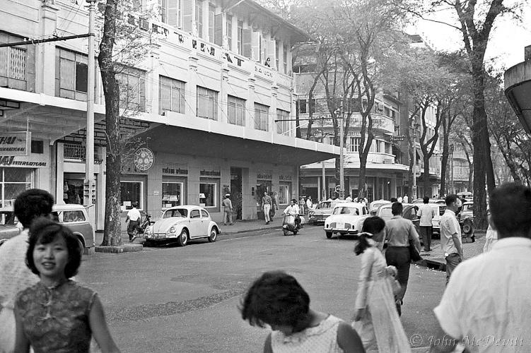Saigon Streets 1966 Revisited (1/4)