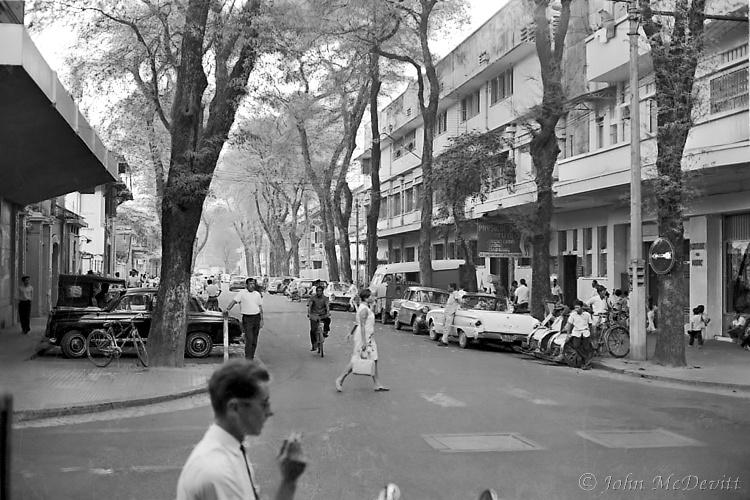 Saigon Streets 1966 Revisited (2/4)