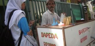 AWAS! Makanan Papua mulai beredar di Sukabumi.