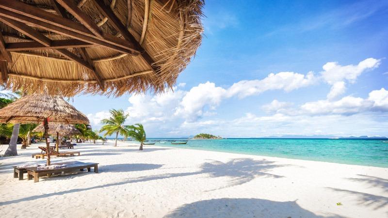 thailand beach - 7 Reasons to Visit Bangkok and Pattaya for Vacay