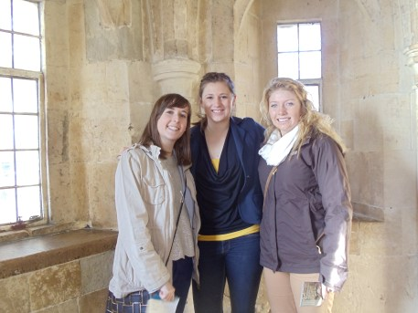 Kiwi, CanadiAnne and Leacy.