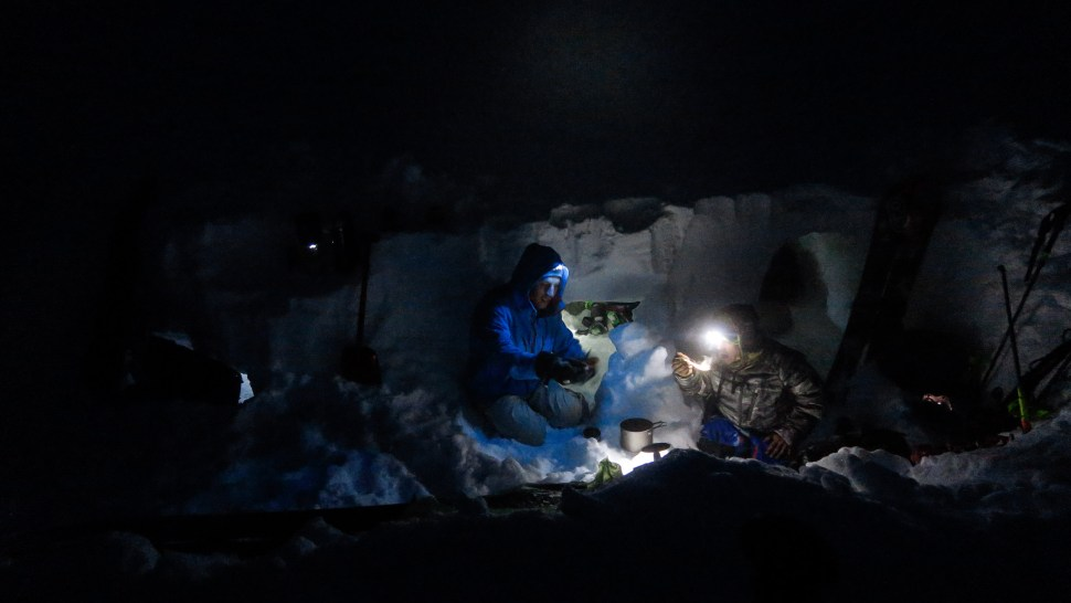 Cooking in the dark at 3.300m