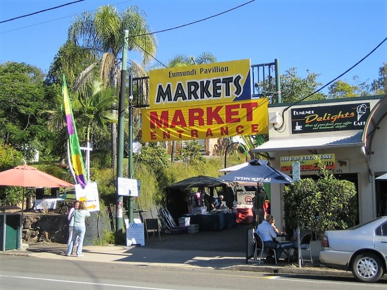 Daytrips Brisbane_Eumundi Markets Sunshine Coast