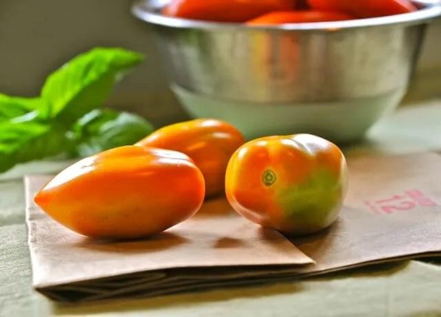tomatoes-ripening