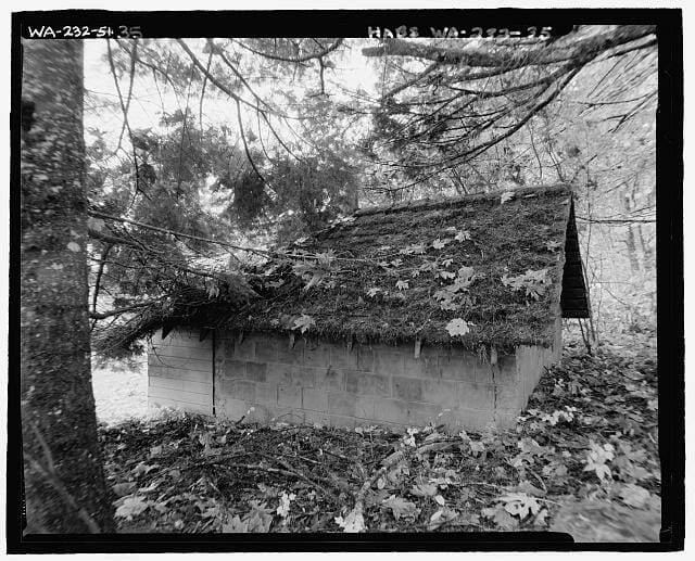 Historic root cellar, state of Washington