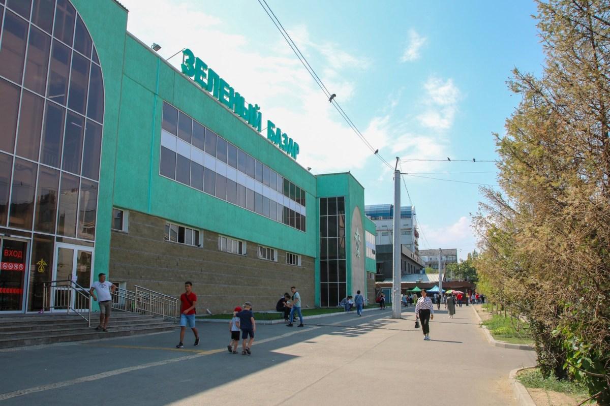 Exploring Almaty, Kazakhstan with the kids.