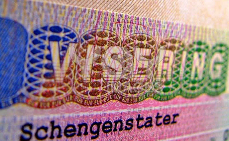 Как получить шенгенскую визу в Москве