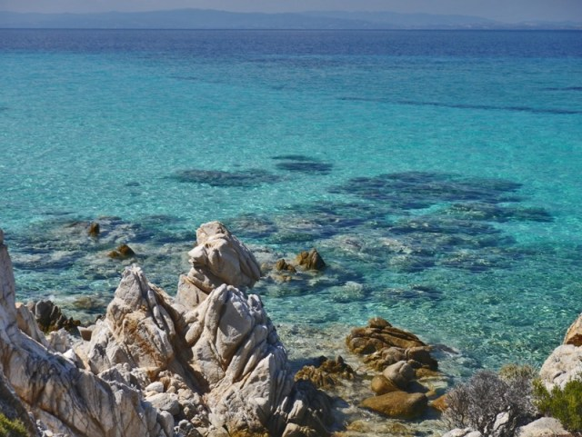 Стоит ли ехать в Грецию сейчас