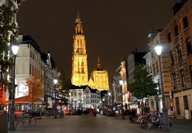 Антверпен и мидии
