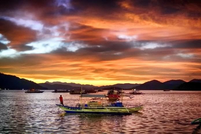 Остров Корон : пляжи и озера