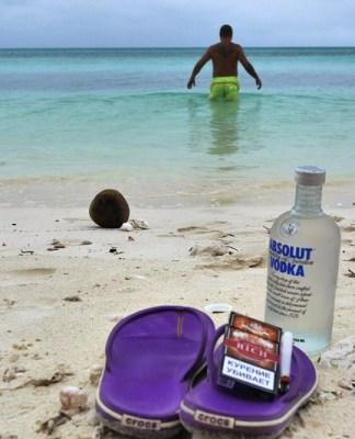 Атолл Увеа Новая Каледония