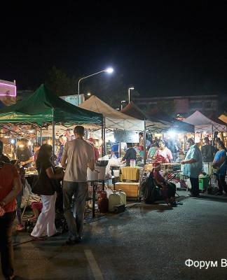 Рынки на Банг Тао