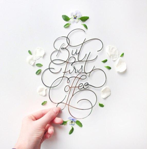 Бумажный леттеринг парижанки Шарлотты Смит (последний экземпляр напечатан на 3D-принтере)