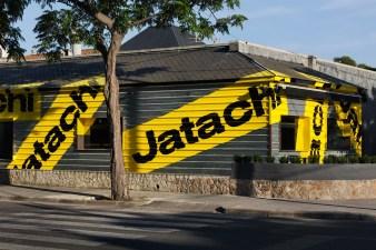 Стиль ресторана азиатской уличной еды Jatachi