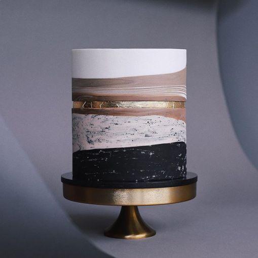 Некоторые свежие работы невероятной московской кондитерской «Тортик Аннушка»