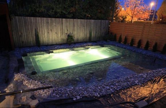 pool-8-850x553