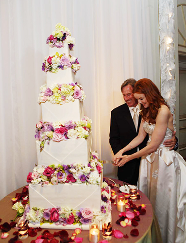tall wedding cakes   A Wedding Cake Blog Flashback Friday  Marcia Cross and Tom Mahoney s Wedding Cake