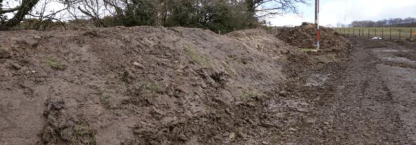 topsoil / uwchbridd