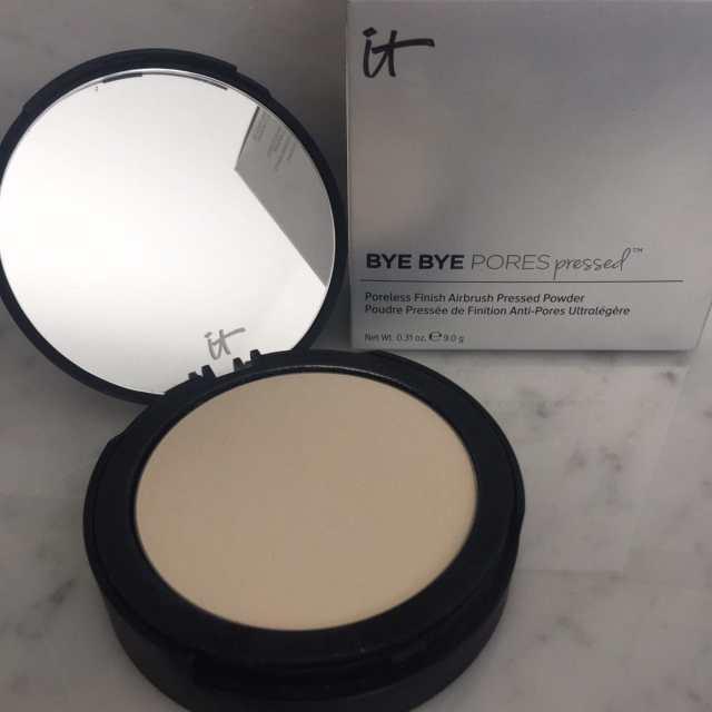 Bye Bye pores translucent powder