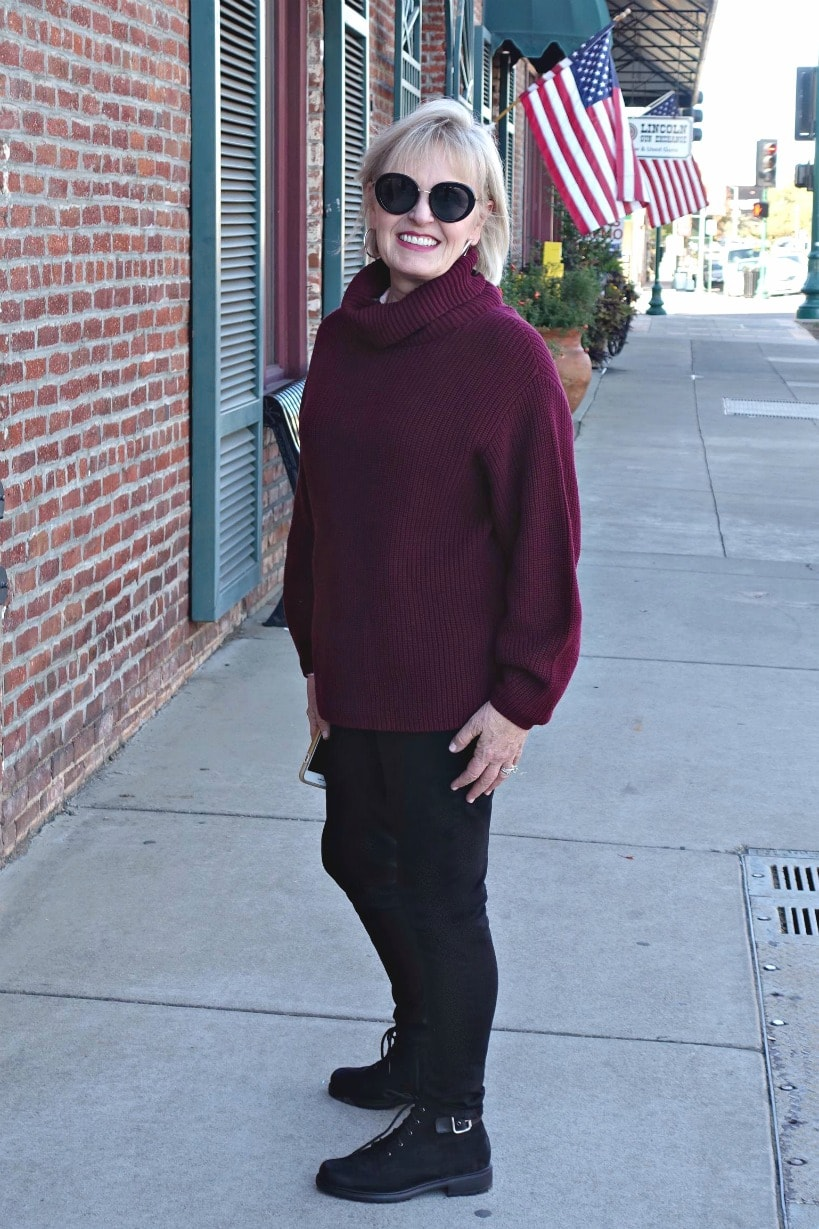 Jennifer Connolly of A Well Styled Life wearing Munro Bradley Bootie from Nordstrom