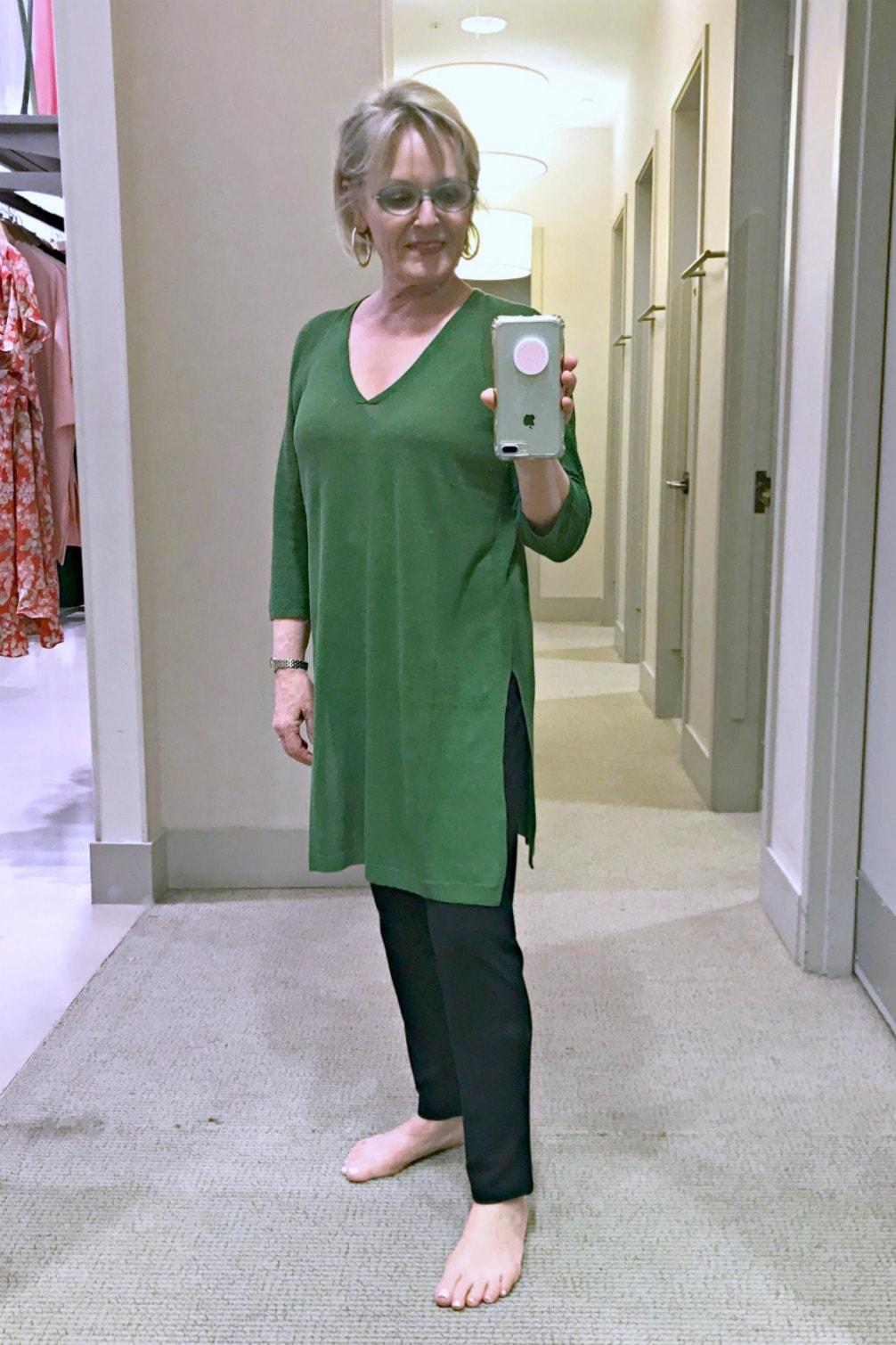 Over 50 style blogger Jennifer Connolly wears J. Jill linen tunic in green over black slim pants