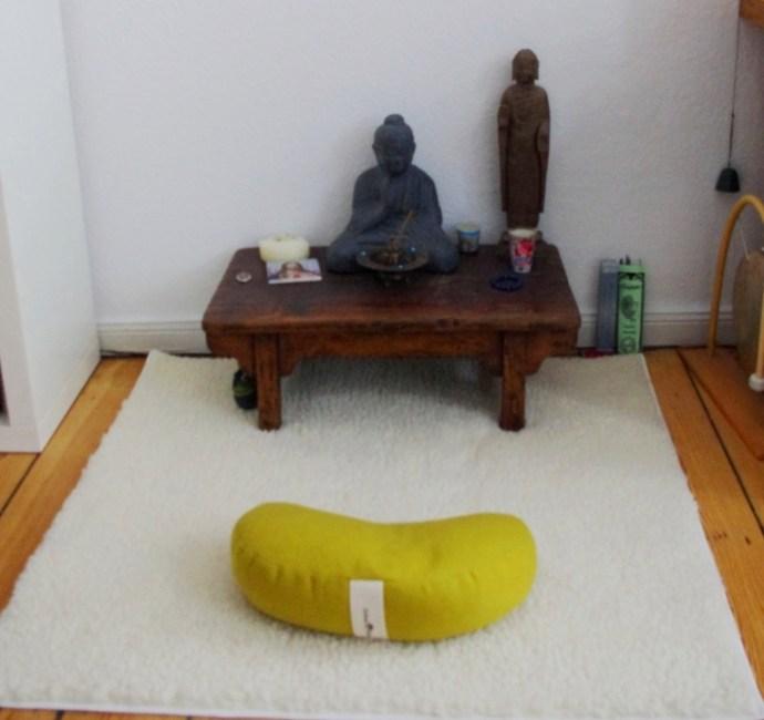 http://awesomatik.wordpress.com - meditation