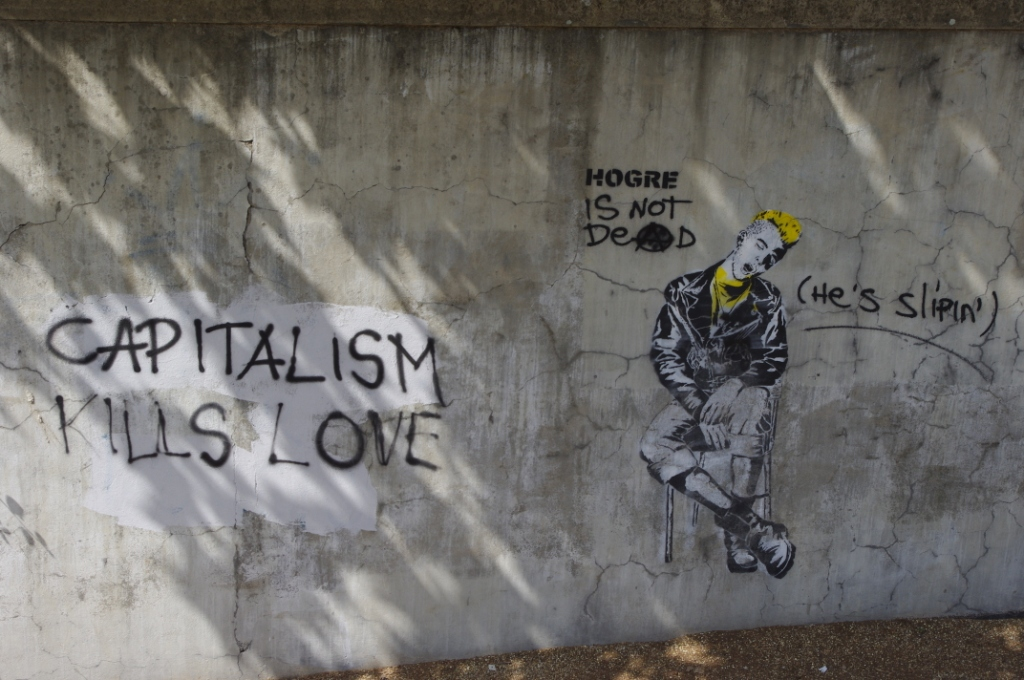 capitalism kills love (CC awesomatik.com)