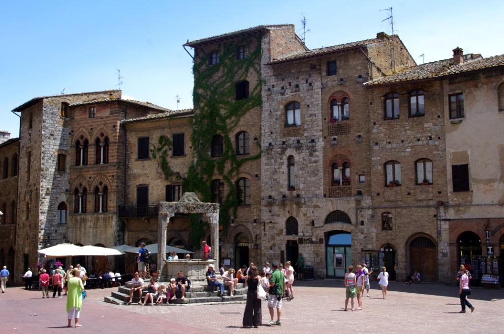 San Gimignano (CC awesomatik.com)