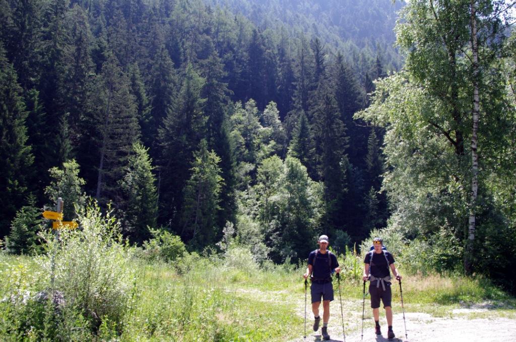Walker's Haute Route - Stage 4 (CC awesomatik.com)