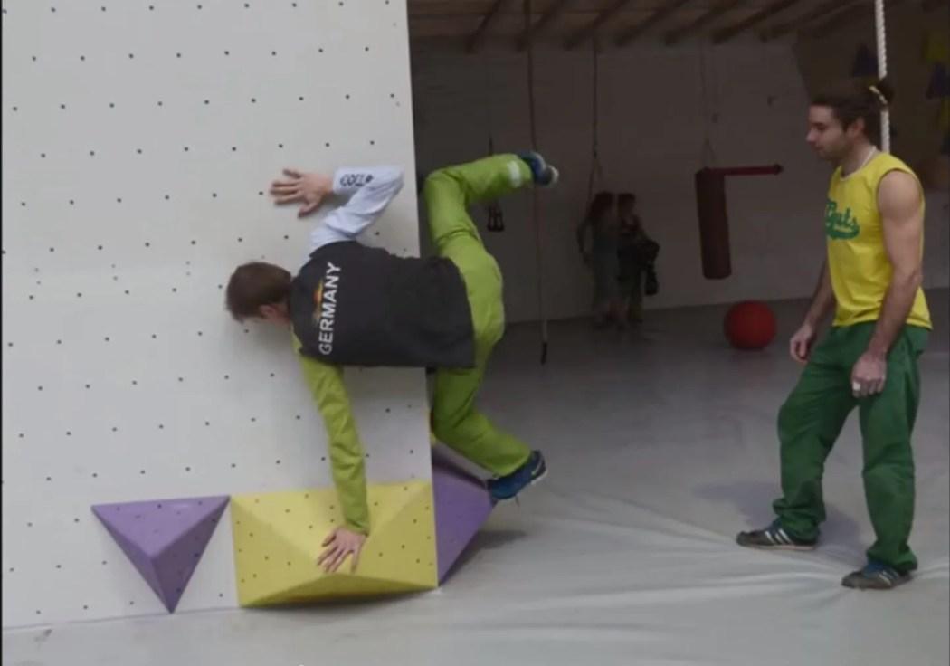 german-climbing-team-training-screencap