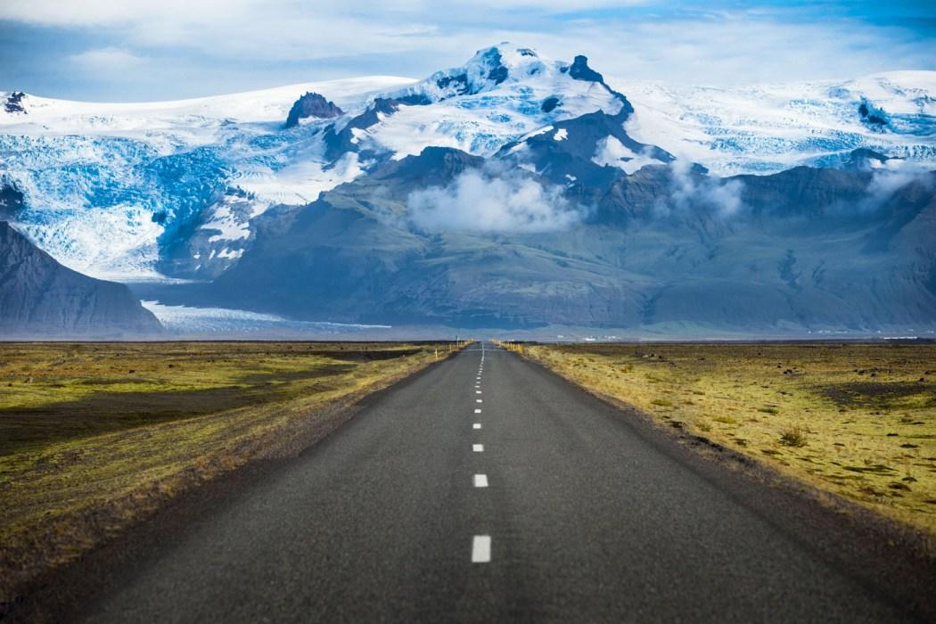 iceland-road-glacier-explore-travel-001