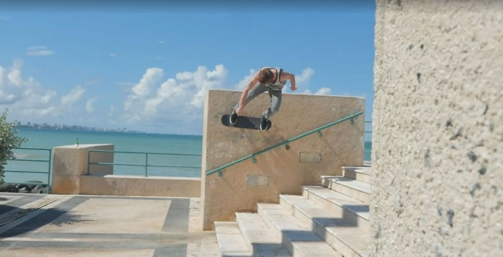 Skateboarding red bull Screencap2