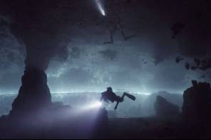 Cave diving screencap