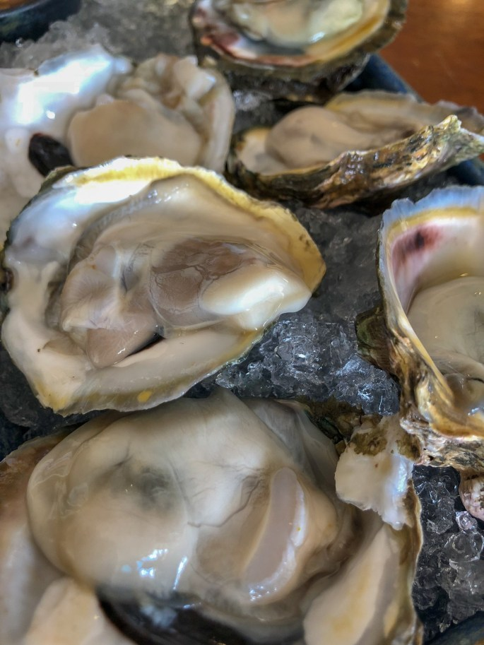 1/2 or Dozen Fresh Oysters