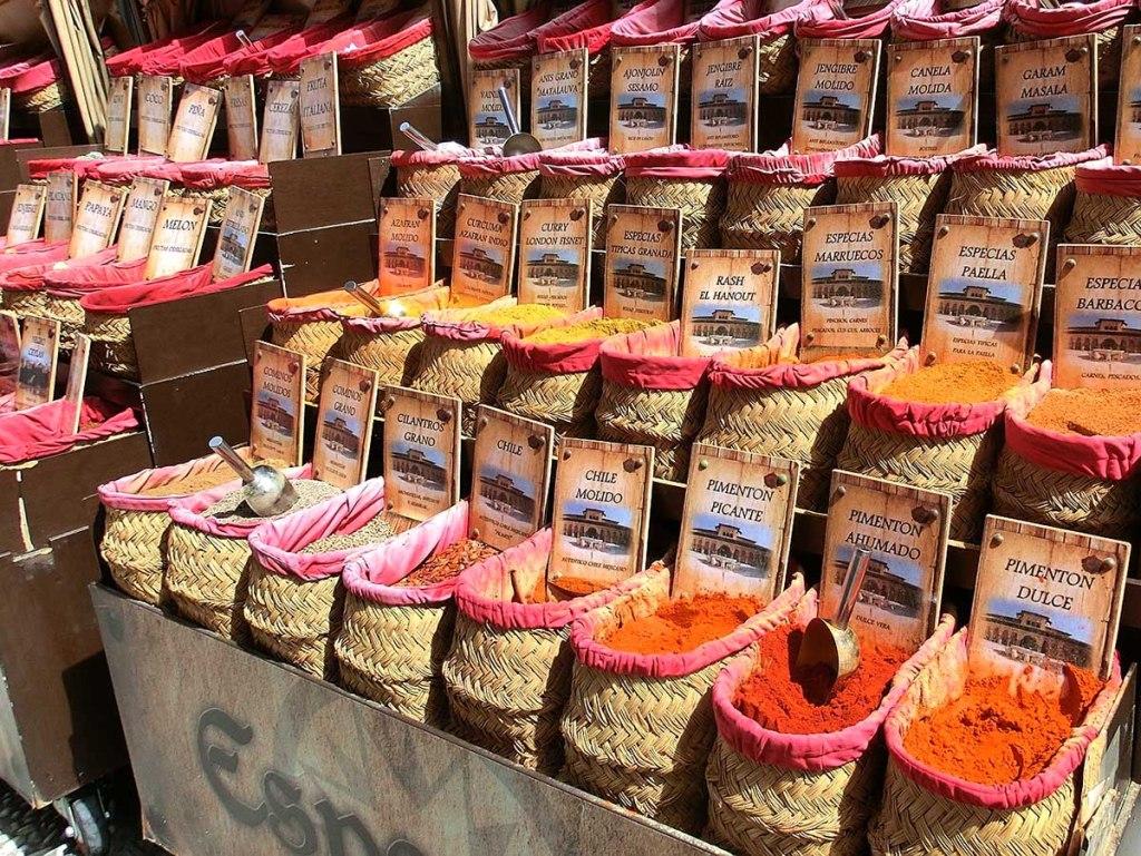 10 Free Things To Do in Granada: granada shopping