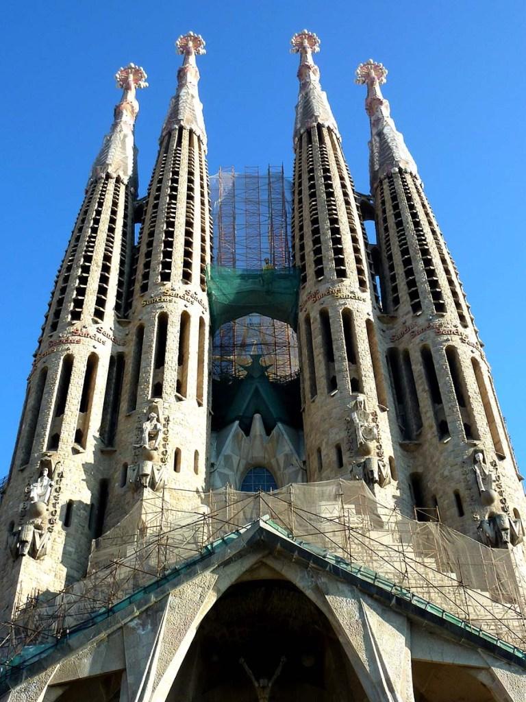 5 Gaudi Sights to See in Spain: Sagrada Familia