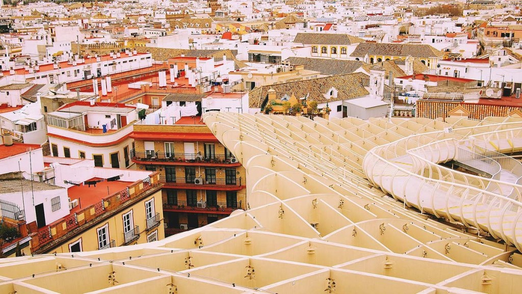 8 Free Things To Do in Sevilla: gardens, museums, stroll along the river
