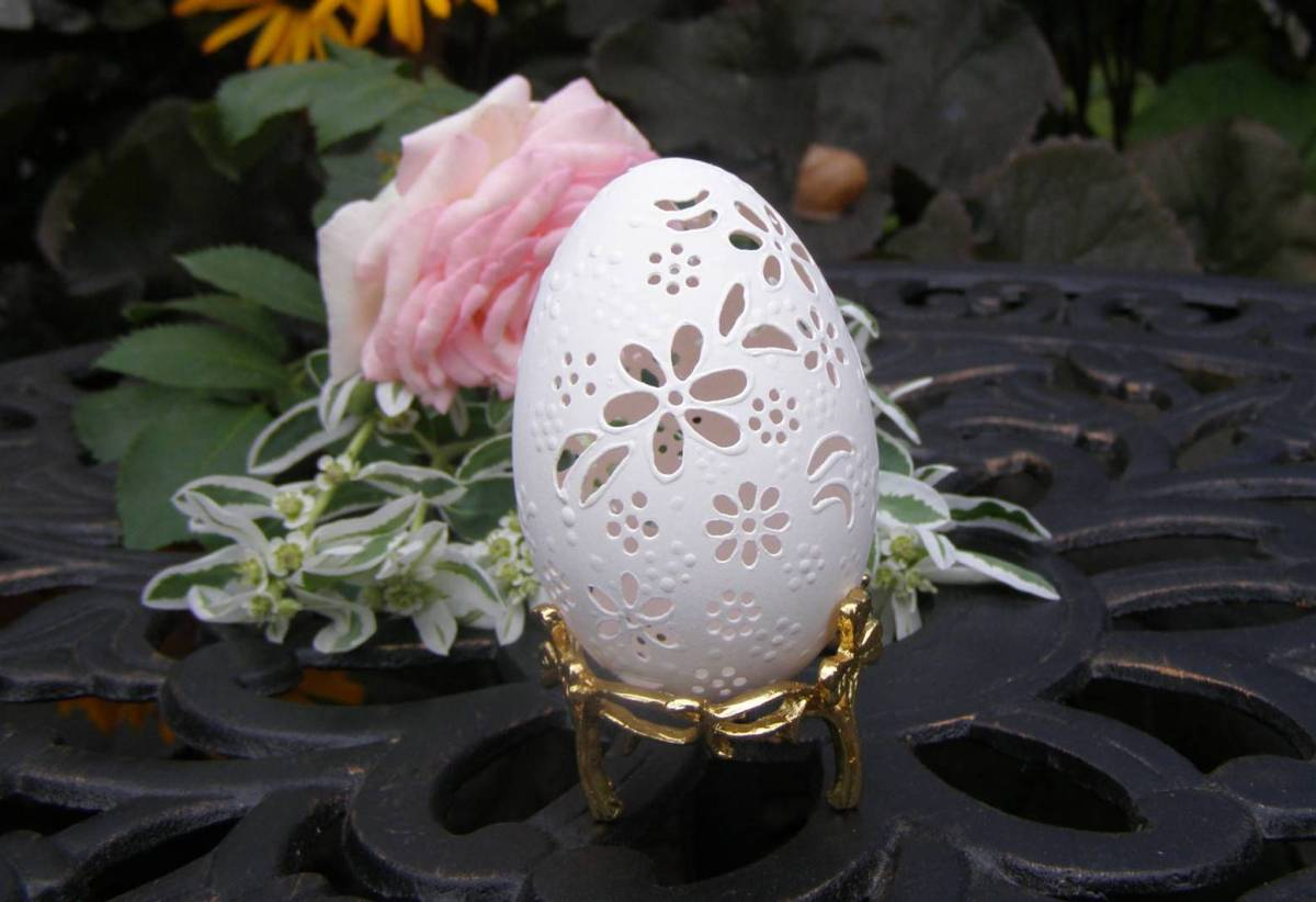 egg shell carving 6