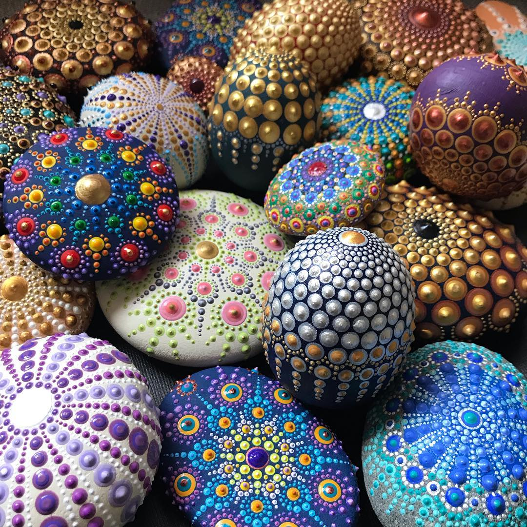 Amazing Mandala Dot Painting Patterns On Stones By Lina West