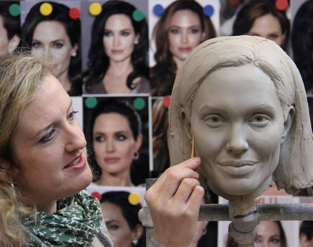 Renowned Sculptor Teaches Sculpting Techniques Through Her Online Course 1