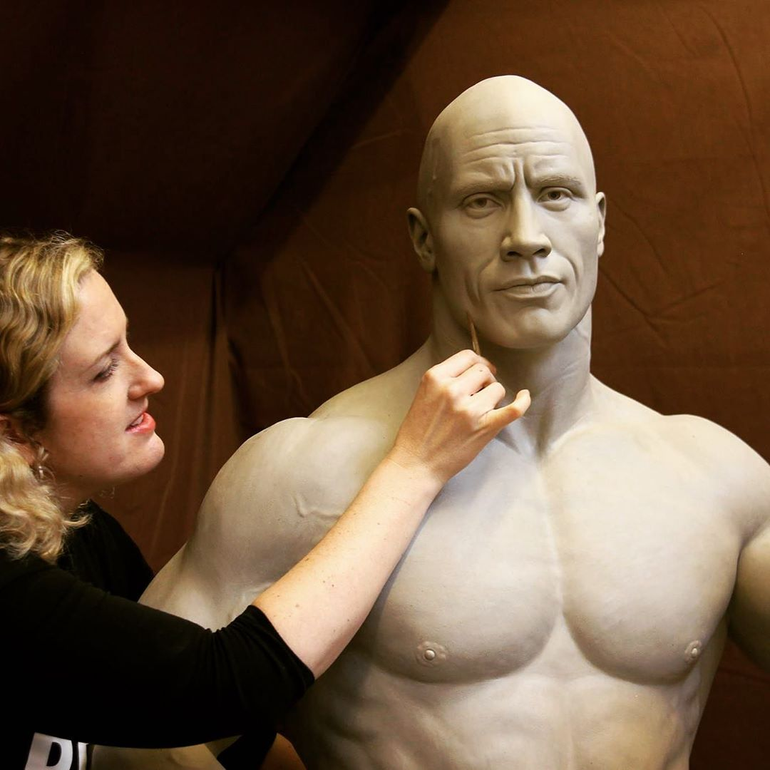 Renowned Sculptor Teaches Sculpting Techniques Through Her Online Course 6