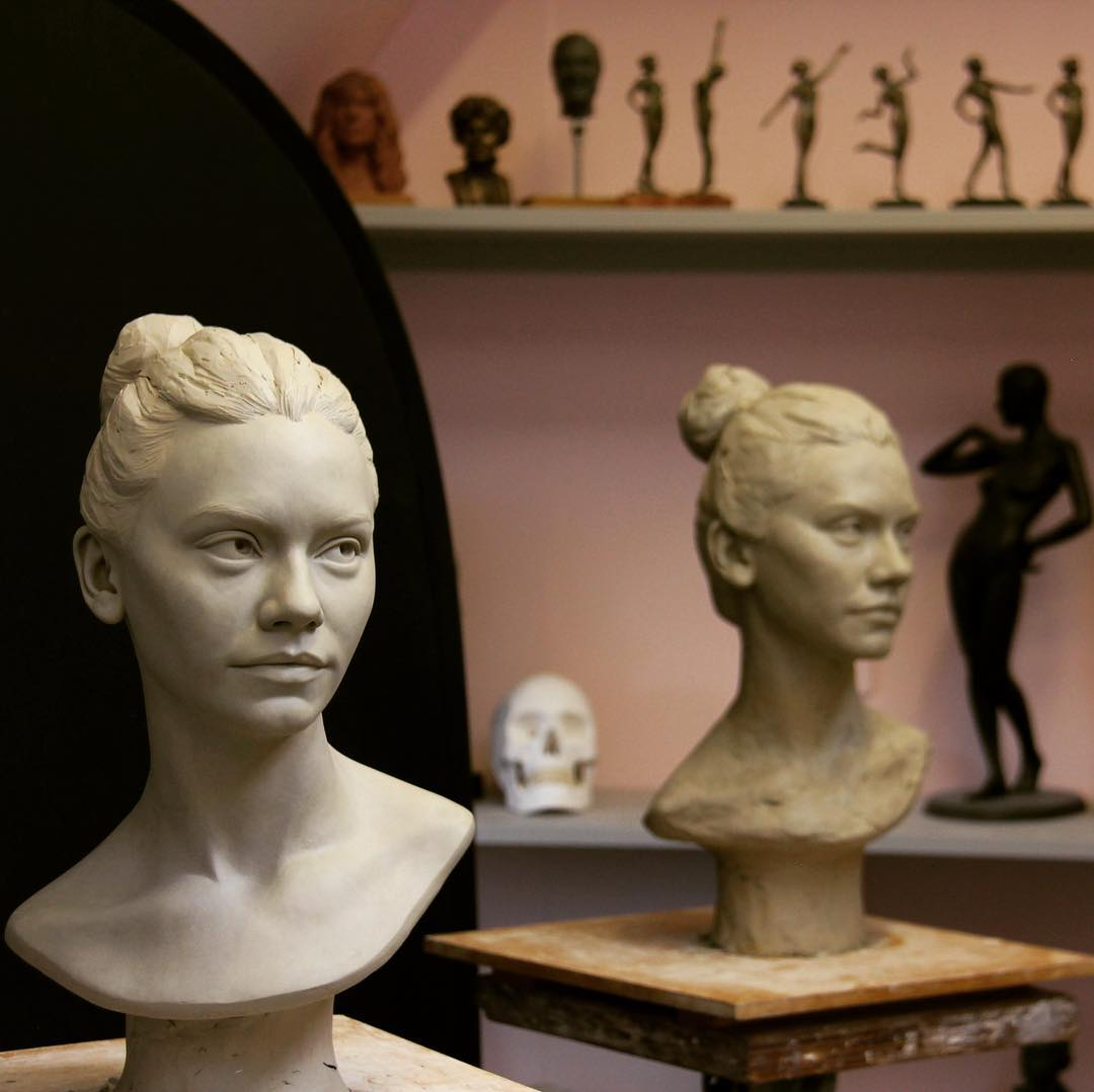 Renowned Sculptor Teaches Sculpting Techniques Through Her Online Course 8
