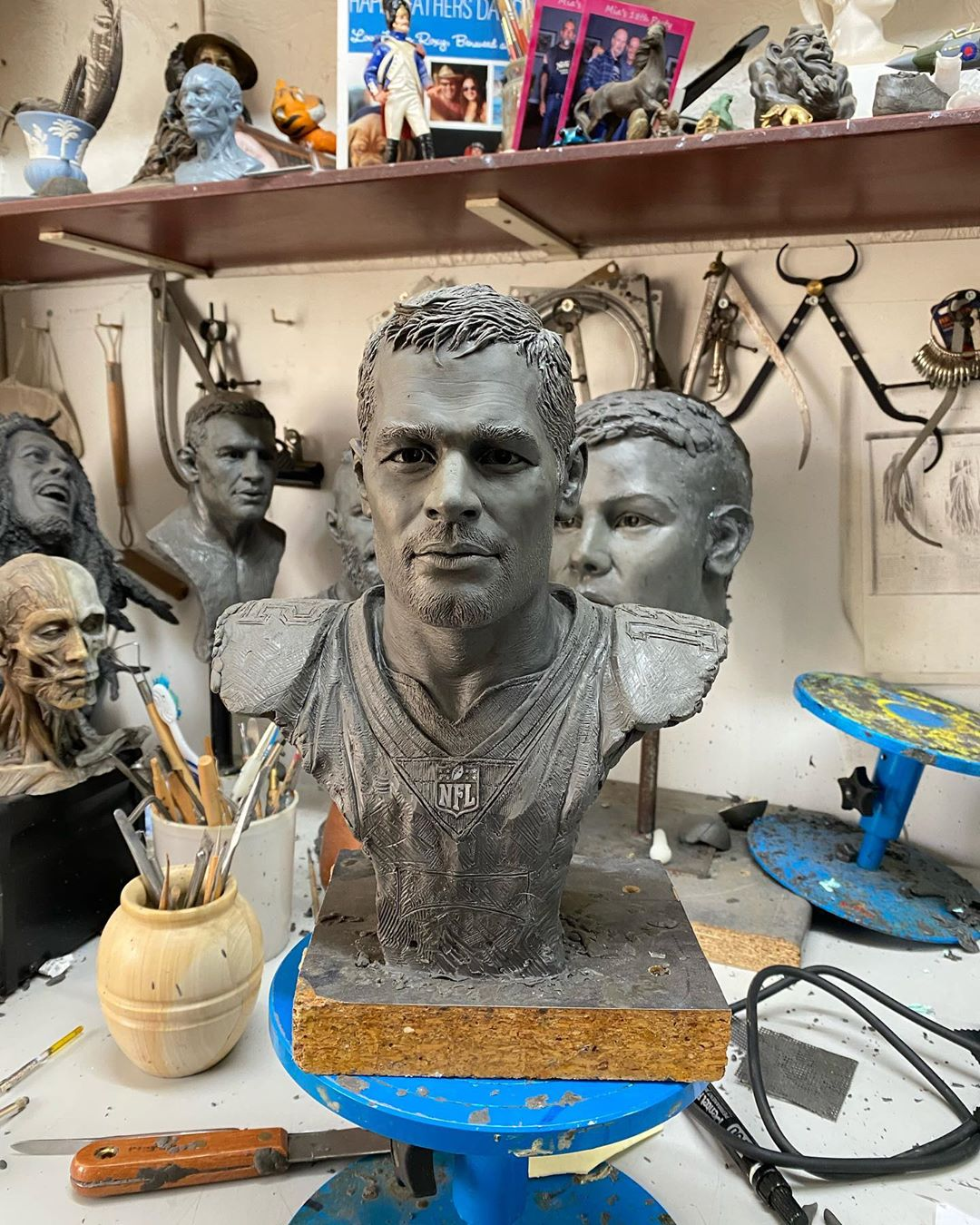 Self-Taught Sculptor Gains World Recognition For Stunning Bronze Sculptures 5