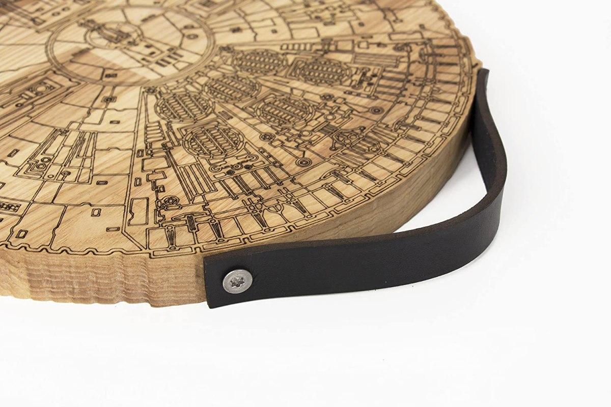 millennium falcon wooden cutting board 4