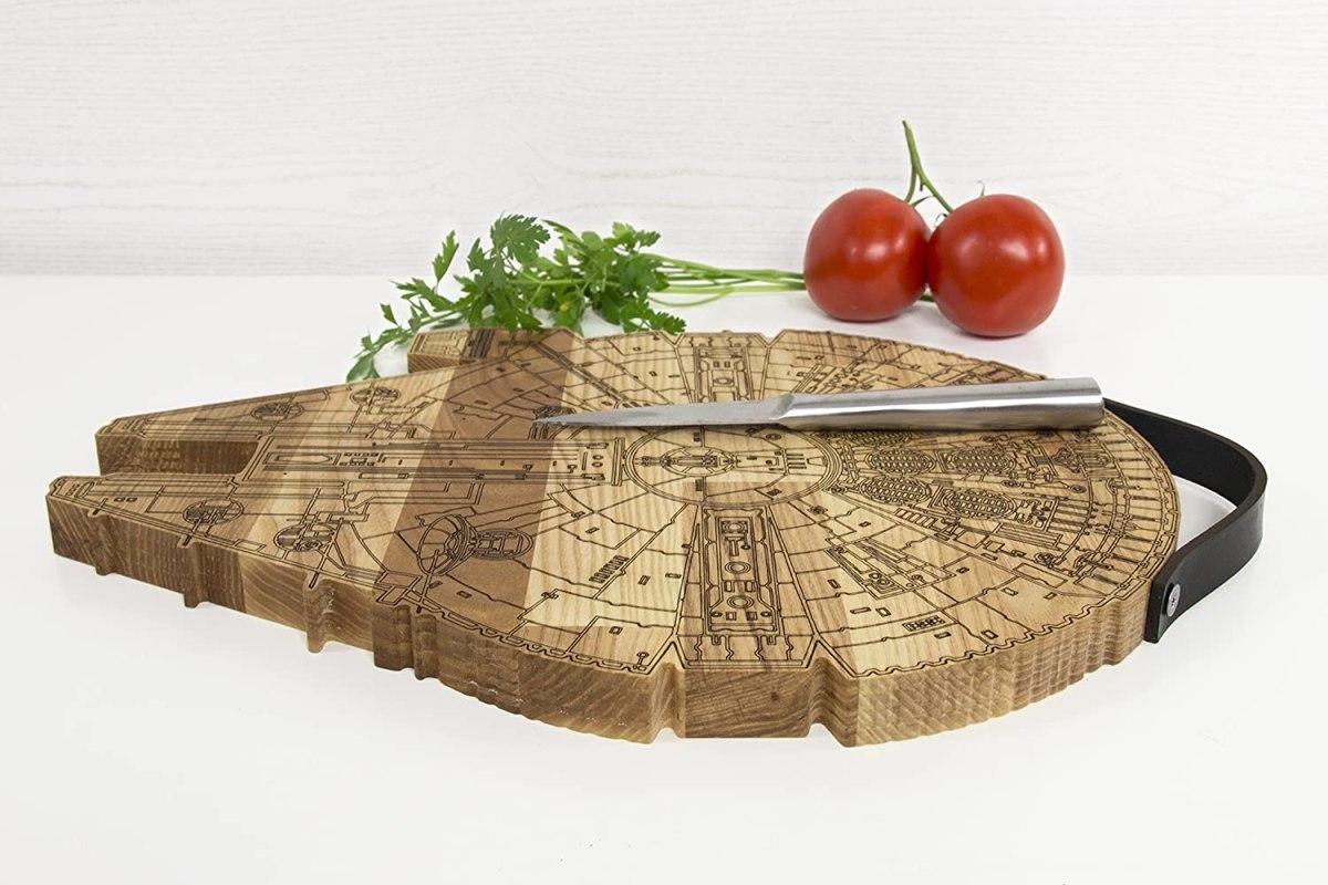 millennium falcon wooden cutting board 5