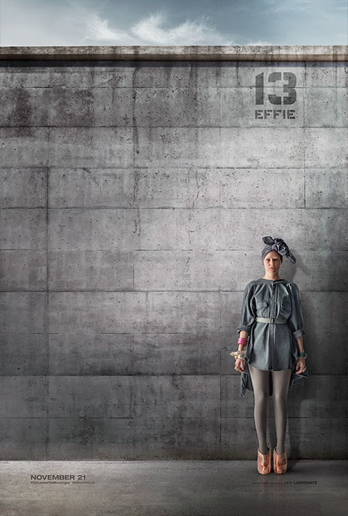 The Hunger Games: Mockingjay Part 1 /  Effie / Elizabeth Banks